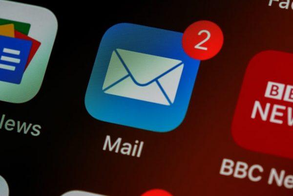 Inbound Marketing / email marketing email icon.